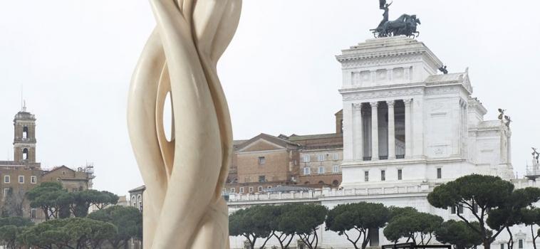 Città Eterna, eterni marmi: Pablo Atchugarry in mostra a Roma